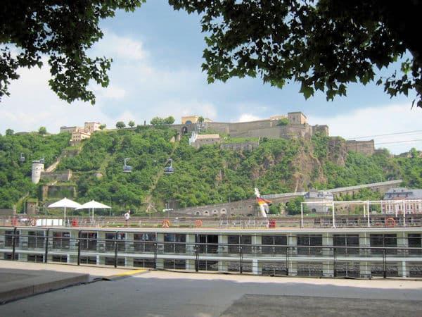 17-Blick zur Festung