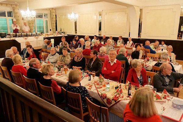 Weihnachtsgeschichte Weihnachtsfeier.Weihnachtsfeier Nachbarschaftshilfe Butzbach E V